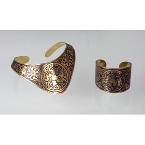 antiqued_gold_elephant_choker__amp__cuff_set