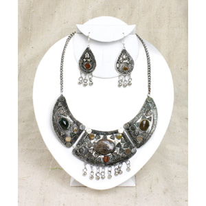 mystical_stone_necklace__amp__earring_set__