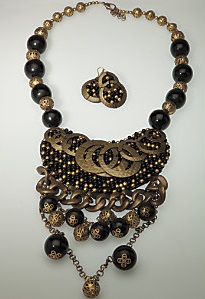 miko_jewelry_set